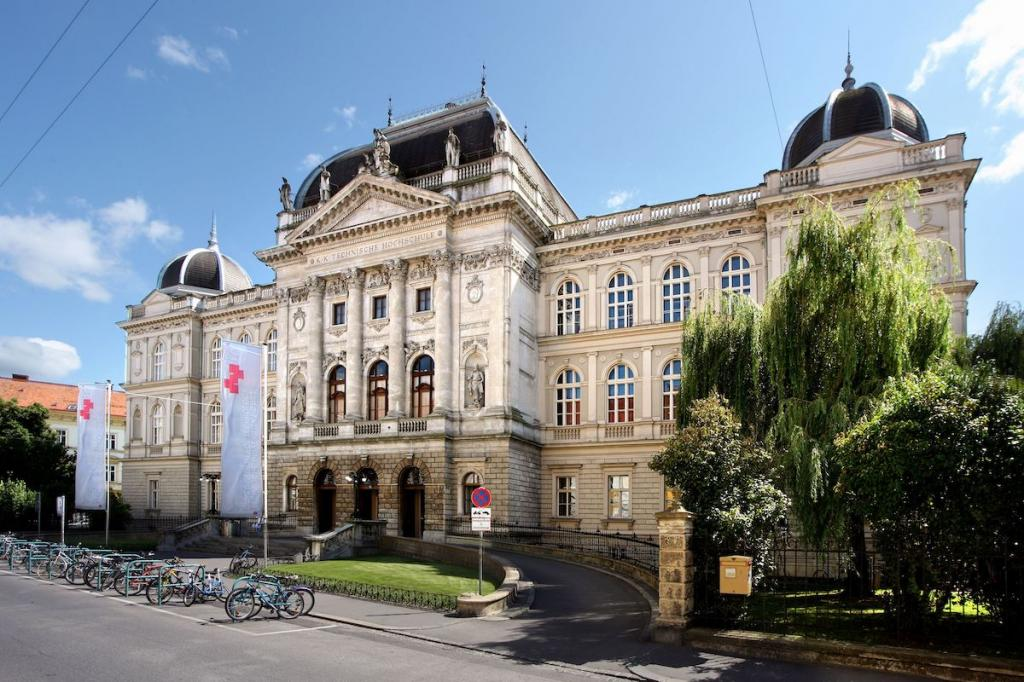 Высшее образование в Австрии для иностранцев — JustReal.ru