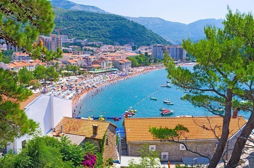 Покупка недвижимости в черногории форум загородный дом в альпах