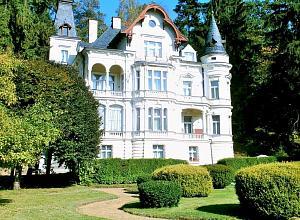 Виллы в чехии купить работа в недвижимости дубае